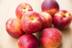 saftiga persikor Fotografering för Bildbyråer