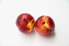 saftiga persikor två Royaltyfri Bild