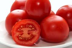Saftiga tomater från en lantgård Arkivfoton