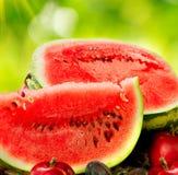 Saftige reife organische Wassermelonennahaufnahme Stockfotos