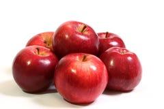 Saftige, reife, rote Äpfel Stockfotos
