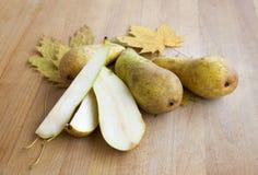Saftiger Autumn Pears Stockbilder