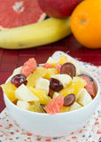 Saftiger Fruchtsalat Stockfotos