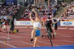 SAGA ANDERSSON FINLAND op polsstokspringendef. in het IAAF-Wereldu20 Kampioenschap Tampere, Finland 12 stock fotografie
