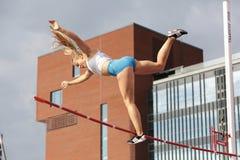 SAGA ANDERSSON FINLAND op polsstokspringendef. in het IAAF-Wereldu20 Kampioenschap Tampere, Finland 12 royalty-vrije stock fotografie