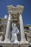 Sagalassos Antoninus喷泉在伊斯帕尔塔,土耳其 库存图片