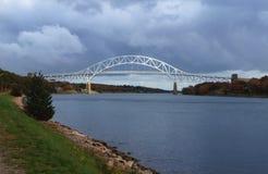 Sagamore Bridge over het Cape Cod-Kanaal Stock Foto
