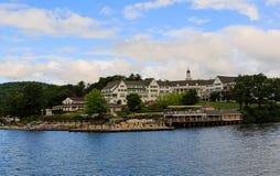 Sagamore Hotel en el lago George NY en el verano Fotos de archivo libres de regalías