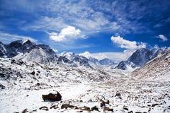 Sagarmatha National Park, Nepal Himalaya. Ngozumpa Glacier and road to Everest Base Camp - mountain landscape in Sagarmatha National Park in the Nepal Himalaya Stock Photos