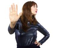 Sagende Frau nein mit Handzeichen Stockfoto