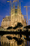 Sagrada Familia在晚上,巴塞罗那,西班牙 免版税库存照片