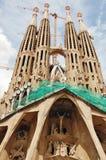Sagrada Familia, aún bajo construcción imagenes de archivo