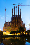 Sagrada Familia i solnedgång Barcelona Arkivfoton