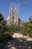 Sagrada Familia und Park Lizenzfreie Stockfotografie