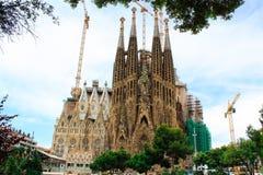 Sagrada familia vid Gaudi i Spanien Royaltyfri Foto