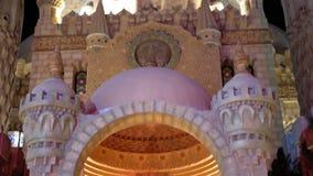 Sahaba moské i den gamla marknaden på natten Egypten Sharm el Sheikh stock video