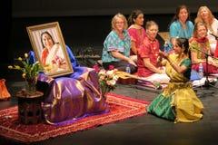 Sahaja yogamusik av Joy Meditation & musikkonserten på SOTA Fotografering för Bildbyråer