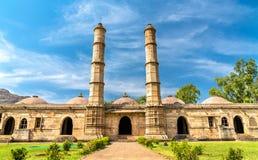 Sahar Ki Masjid på arkeologiska Champaner-Pavagadh parkerar En UNESCOarvplats i Gujarat, Indien arkivbild