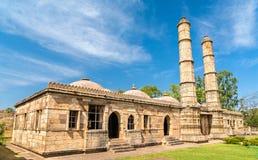 Sahar Ki Masjid på arkeologiska Champaner-Pavagadh parkerar En UNESCOarvplats i Gujarat, Indien arkivfoton