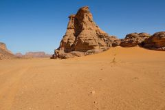 Sahara's krajobraz Tassili N'Ajjer, Południowy Algieria obrazy royalty free
