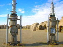 Sahara Tunezja, Styczeń, - 03, 2008: Zaniechani sety dla strzelaniny gwiazd filmowa wojny Zdjęcia Stock