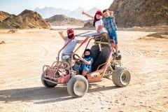 Sahara-Wüste - aktive Freizeit und Reise nach Ägypten lizenzfreie stockfotos
