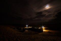 Sahara wycieczki turysycznej wielbłądzi namioty dokąd turyści wydają ich noc w dese Fotografia Royalty Free