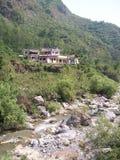 Sahasrdhara är en bergig fläck i Dehradun Uttarakhand arkivfoton