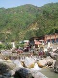 Sahasrdhara är en bergig fläck i Dehradun Uttarakhand arkivbilder