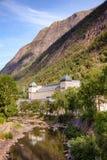 Saheim Rjukan的Rjukan诺托登UNE水力发电的动力火车 图库摄影