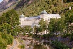 Saheim Rjukan的Rjukan诺托登UNE水力发电的动力火车 库存照片