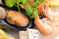 Sai do nam do goong de Tom Yum - sopa tailandesa do marisco imagem de stock royalty free