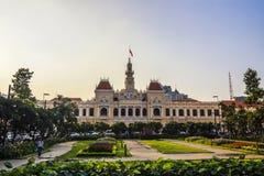 SAI GON WIETNAM, KWIECIEŃ, - 14, 2016: Historycznych Peoples Komitetowy budynek w Ho Chi Minh kwadracie Zdjęcia Royalty Free