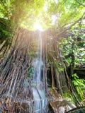 Sai Yoi Waterfall chez Huai Hong, Tao Ngoi District, province de Sakhon Nakhon, Thaïlande photo stock