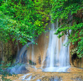 Sai Yok Noi vattenfall i Thailand Royaltyfri Bild