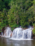 Sai Yok Yai vattenfall Arkivbilder