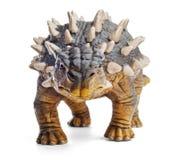 Saichania,正面图,关闭,在与裁减路线的白色背景隔绝的恐龙玩具 免版税库存图片