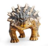 Saichania,正面图,关闭,在与裁减路线的白色背景隔绝的恐龙玩具 免版税图库摄影