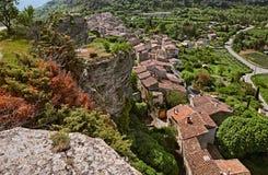 Saignon, Воклюз, Провансаль, Франция: ландшафт старое VI стоковое изображение