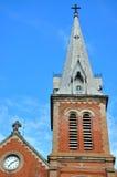 Saigon教会塔在蓝天,越南下 免版税库存图片