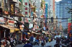 Saigon, Βιετνάμ 8 Μαρτίου 2015: Οι οδοί του συνόλου Saigon (Chi Ho ελάχιστη πόλη) των καλωδίων Στοκ εικόνα με δικαίωμα ελεύθερης χρήσης