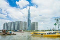 Saigon/Βιετνάμ, τον Ιούλιο του 2018 - το ορόσημο 81 είναι ένας έξοχος-ψηλός ουρανοξύστης αυτήν την περίοδο κάτω από την κατασκευή στοκ εικόνα