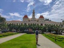 SAIGON DE HO CHI MINH CITY, VIETNAME - EM JULHO DE 2019: Ho Chi Minh City Hall, ou o comitê de Ho Chi Minh City People fotografia de stock