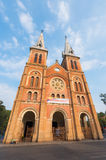 Saigon Notre Dame Basilica en Tet, Vietnam Imágenes de archivo libres de regalías