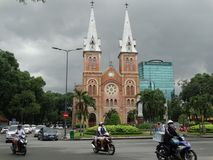 Saigon Notre-Dame domkyrkabasilika i Ho Chi Minh, Vietnam Royaltyfria Foton