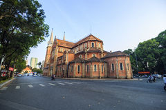SAIGON, VIETNAM - 5. April 2016 - Saigon Notre Dame Cathedral Stockbilder