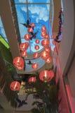 SAIGON, VIETNAM - 19 F?VRIER 2018 - d?coration de TET au mail de jardin, un centre commercial plus grand ? la ville de la Chine,  photos libres de droits