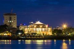 SAIGON, VIETNAM - 31 mai 2016 - apprécient l'après-midi de quai de Nha Rong et de canal de Ben Nghe en Ho Chi Minh City Saigon Image stock
