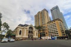 SAIGON, VIETNAM - 31. Mai 2016 - das Opernhaus an Dong Khoi-Straße in der Mitte der Stadt von Saigon Es ` s eins von Ho Chi Minh Stockfotos
