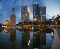 SAIGON VIETNAM - November 15, 2015 - solnedgång på mig Linh contructorfält Royaltyfri Foto